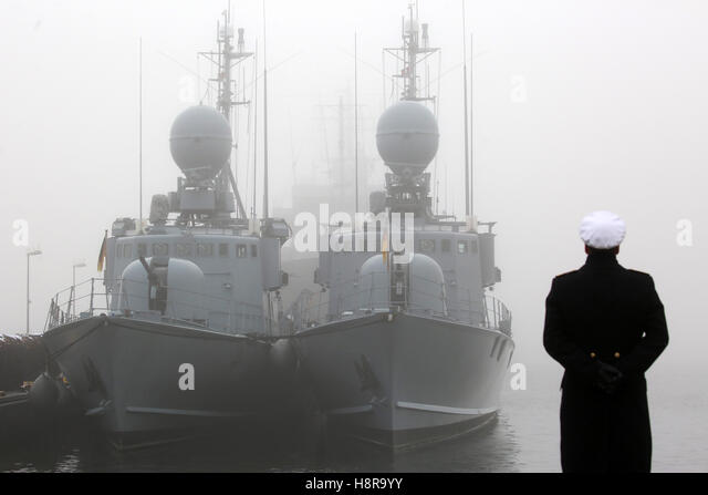 Rostock, Germany. 16th Nov, 2016. The last speedboats are ready for lowering the service flags at the naval base - Stock Image