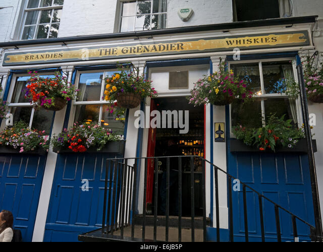 Exterior, The Grenadier Pub,Wilton Row Wilton Mews Belgravia, London, England UK - Stock Image