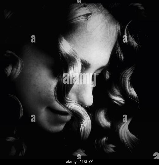 Girl with curled hair - Stock-Bilder