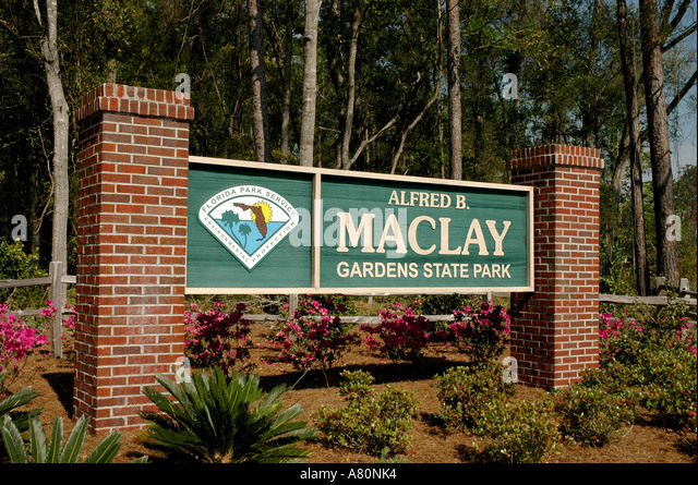 Alfred B Maclay Gardens State Park sign - Stock Image