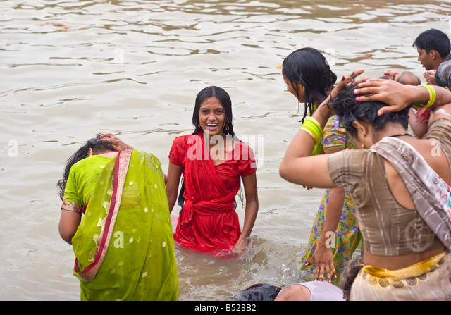 the holy river of india river ganges The ganges flows through north india in hinduism it is considered holy to take a pilgrimage to the ganges and take a dip this leads to more illness: adding to the death toll a pilgrimage up the ganges river to the source of hindu culture.