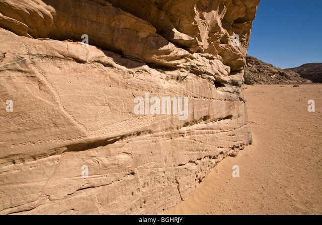 View along wadi floor showing rock-Art  in the Eastern Desert of Egypt. - Stock Image