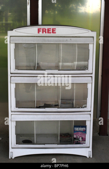 Free literature distribution cabinet - empty at rest area along US interstate highway - Stock Image
