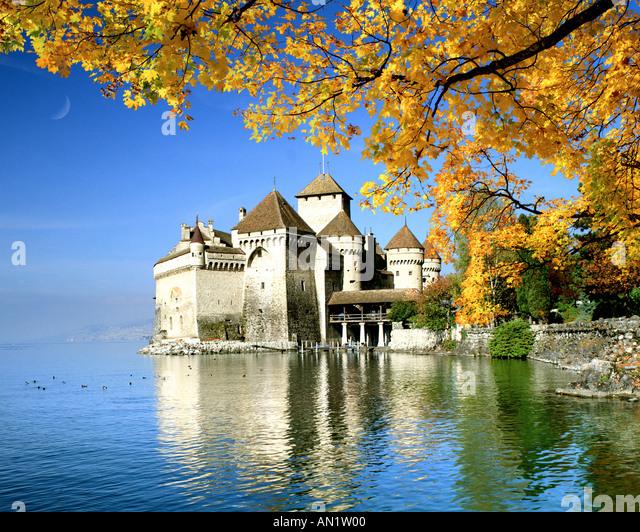 CH - VAUD: Chateau de Chillon on Lake Geneva - Stock Image