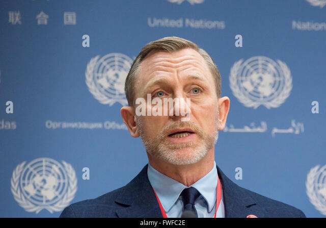 New York, United States. 04th Apr, 2016. Daniel Craig offers his remarks to the UN press corps. On the occasion - Stock Image