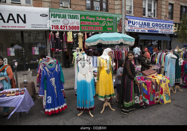 Pakistan city street stock photos pakistan city street for Anarkali indian cuisine brooklyn