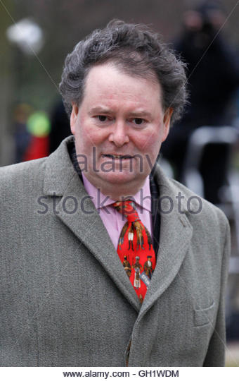 Lawyer Mark Stephens arrives to attend the extradition case of his client WikiLeaks founder Julian Assange at Belmarsh - Stock Image