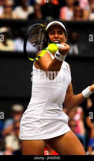 London, UK. 13th July, 2017. Wimbledon Tennis: London, 13 July, 2017 - Johanna Konta in action during her semi final - Stock Image