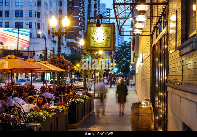 Chicago Illinois Gold Coast Historic District North Dearborn Parkway neighborhood nightlife night Eduardo's - Stock Image