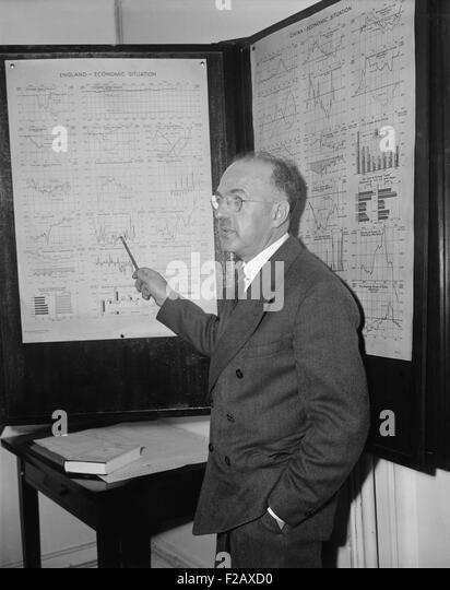 Harry Dexter White, Director of Monetary Research, United States Treasury, May 29, 1939. White was an economist - Stock-Bilder