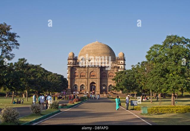 Asien, Indien, Karnataka, Bijapur, Golgumbaz, Archaeologisches Museum und Mausoleum von Mohammed Adil Shah - Stock-Bilder