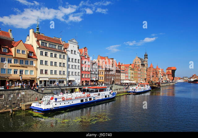 Motlawa Riverbank with the Old town of Gdansk, Gdansk, Pomerania, Poland, Europe - Stock-Bilder