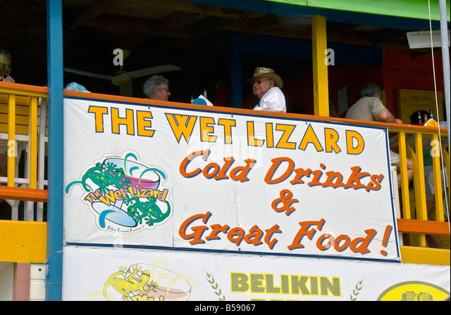Belize City Wet Lizard Bar and restaurant between terminals 3 & 4Belize Tourism Village - Stock Image