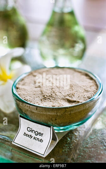 Bowl of ginger body scrub, Ayung Spa, Ubud Hanging Gardens, Bali, Indonesia. - Stock Image