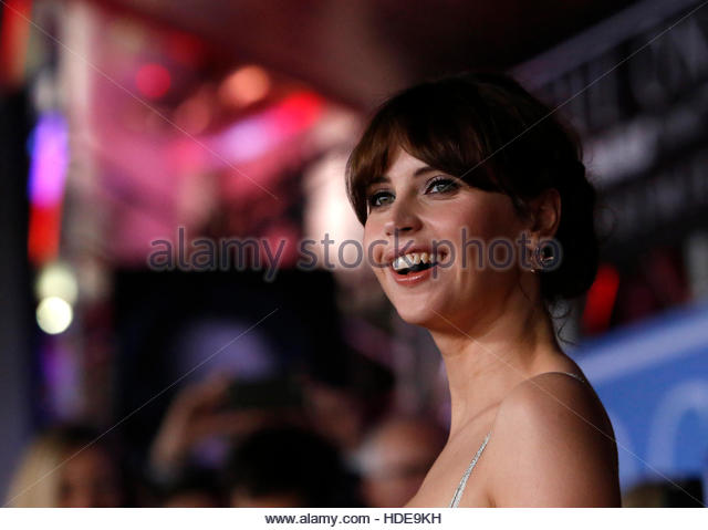 Actress Felicity Jones arrives at the world premiere of the film 'Rogue One: A Star Wars Story' in Hollywood, - Stock-Bilder
