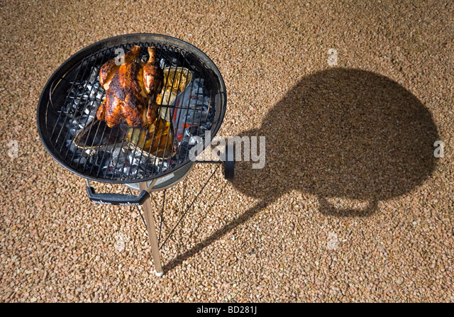 Griller stock photos griller stock images alamy - Cuisiner un poulet fermier ...