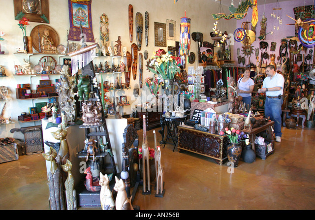 Albuquerque New Mexico Knob Hill Center Beyond Borders Imported Gifts shopping W - Stock Image