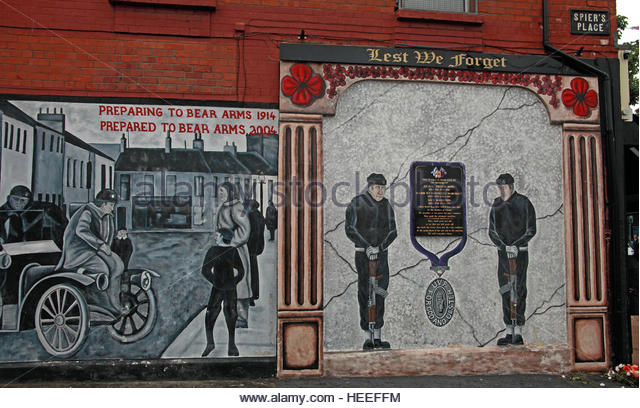 Belfast Unionist, Loyalist Mural,lest we forget,Spiers Place - Col Trevor King - Stock Image