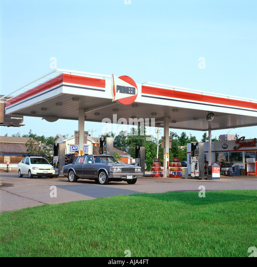 Arco Gas Logo >> Petrol Station Logos Stock Photos & Petrol Station Logos Stock Images - Alamy