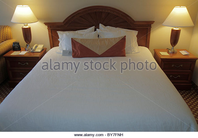 Philadelphia Pennsylvania Arch Street Hilton Garden Inn hotel chain business lodging hospitality industry room guest - Stock Image