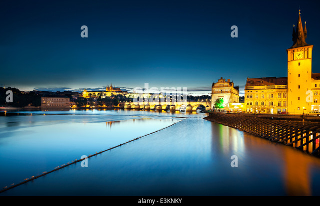Charles Bridge at night, Prague, Czech Republic - Stock-Bilder