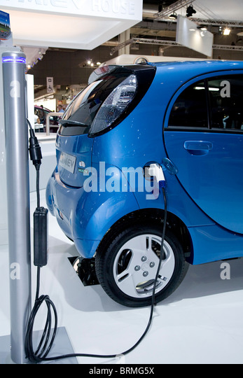 Paris motor show 2010 and the Mitsubishi iMiEV - Stock Image