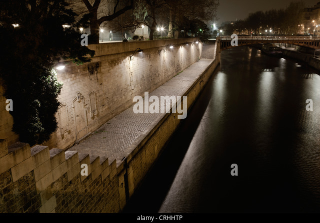 Seine river by night, Paris, France - Stock-Bilder