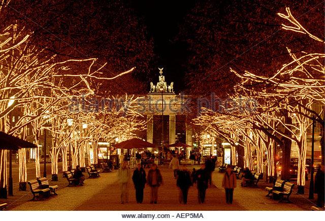 berlin brandenburger tor christmas illumination stock. Black Bedroom Furniture Sets. Home Design Ideas