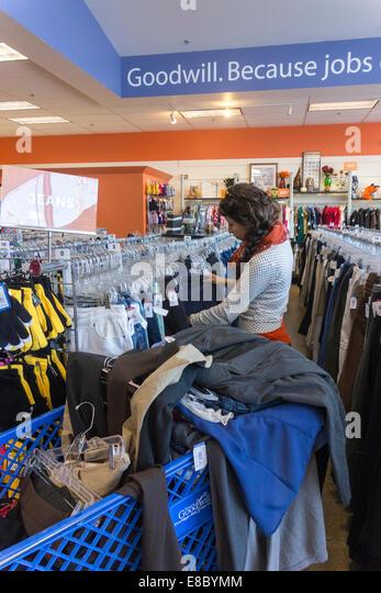 Etiquette clothing store seattle