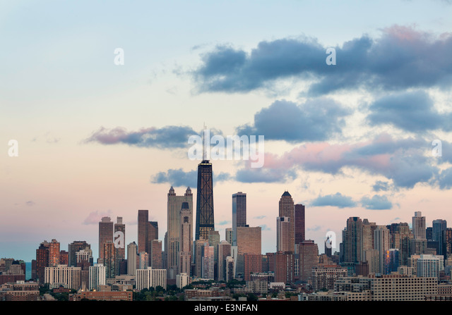 Hancock Tower and City Skyline, Chicago, Illinois, United States of America - Stock Image