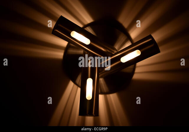 a-modern-light-throws-beams-of-light-ont