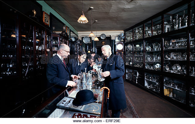 Tessiers, Goldsmith & Jewellers, Bond Street, London. Shop interior. - Stock Image
