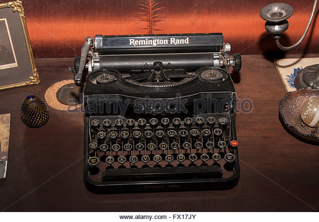 dating corona typewriters Nice officers typewriter with field carrying case and od  the typewriter was manufactured by lc smith & corona typewriters inc and is a  dating it between.