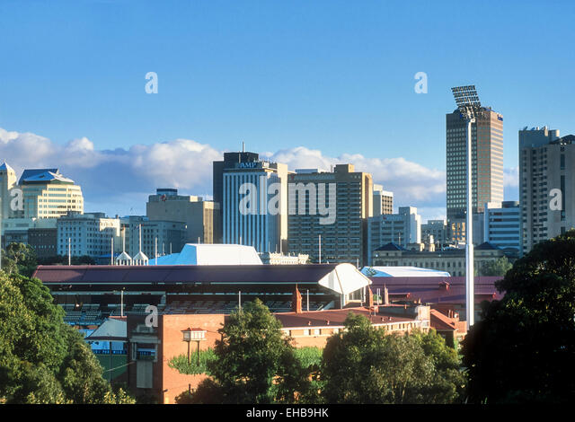 Adelaide Skyline with Adelaide Oval cricket ground in foreground Adelaide South Australia - Stock-Bilder