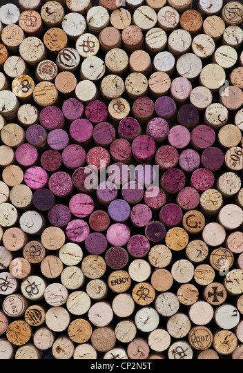 Heart shape red wine cork pattern - Stock Image