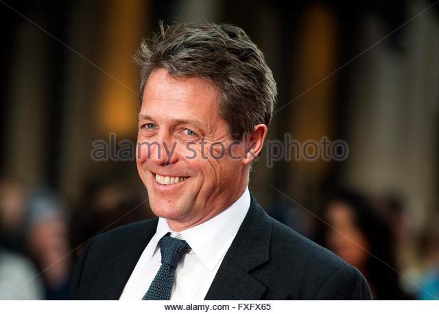 epa05255975 British actor and cast member Hugh Grant poses on the red carpet at the world film premiere of 'Florence - Stock Image