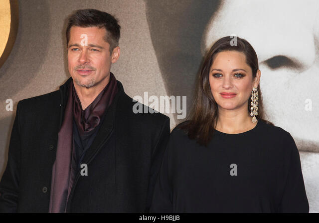 London, UK. 21 November 2016. Brad Pitt and Marion Cotillard attend the UK premiere of Allied, the World War II - Stock Image