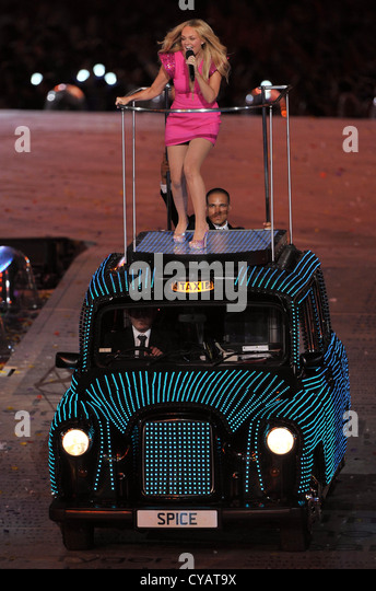 Emma Bunton performs on top of London taxi at the London 2012 Olympics closing ceremony - Stock Image