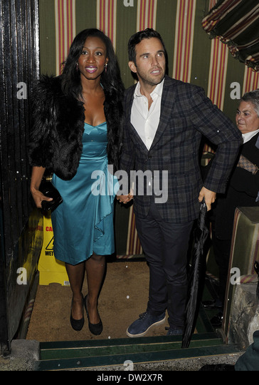 Beverley Knight and husband James O'Keefe Leaving Annabel's private members club at around 1am where they - Stock Image