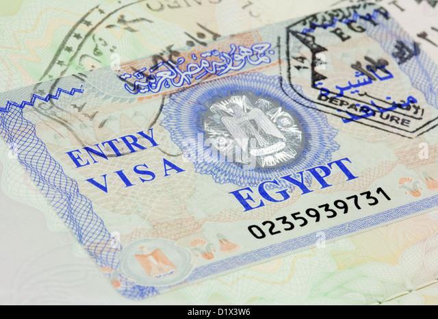 Egypt entry visa for holiday travel in a UK passport - Stock-Bilder