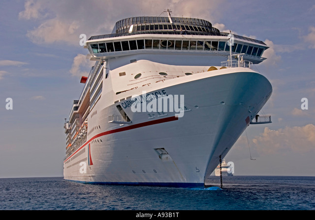 George Town Grand Cayman Carnival Miracle cruise ship - Stock Image