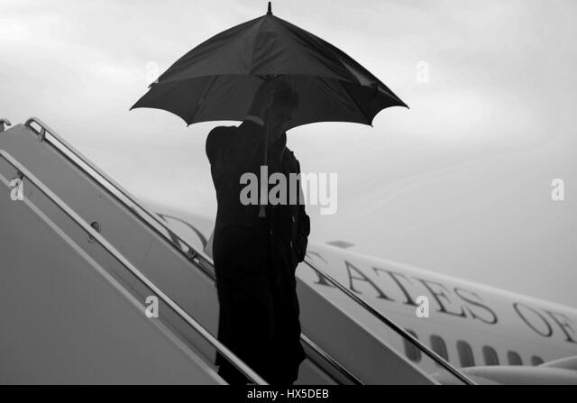 Secretary of State John Kerry arriving in Chicago, where he will give a speech before the Council on Global Affairs - Stock Image