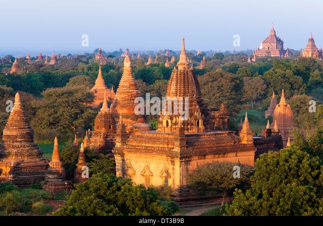 Stupas in the Bagan Archaeological Zone in Bagan, Myanmar - Stock Image