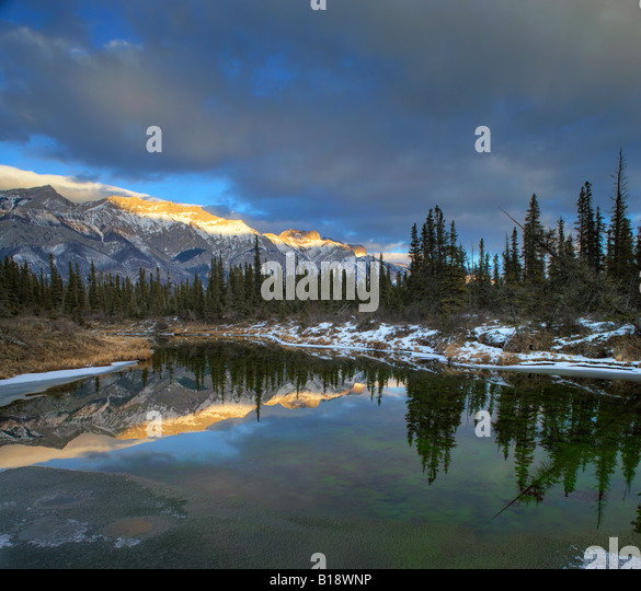 The Glory Hole and the Miette Range in Winter - Jasper National Park Alberta, Canada. - Stock Image