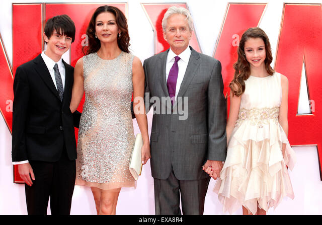 Dylan Douglas, Catherine Zeta Jones, Michael Douglas and Carys Douglas arriving for the European premiere of Ant - Stock Image