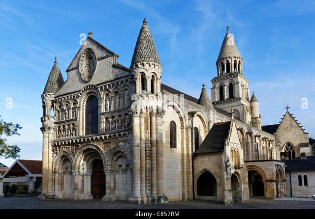 La vienne stock photos la vienne stock images alamy for Vienne poitiers
