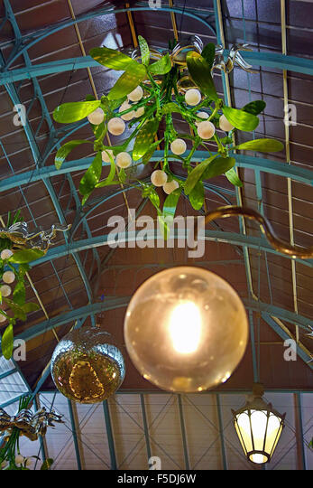 London, UK. 2nd November 2015. First sight of the new Covent Garden Mistletoe Christmas Decorations in London as - Stock Image
