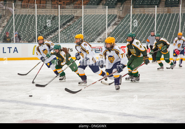 High School Girls Ice Hockey - Stock Image