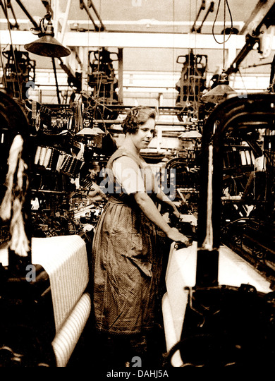 Textile worker early 1900s - Stock Image