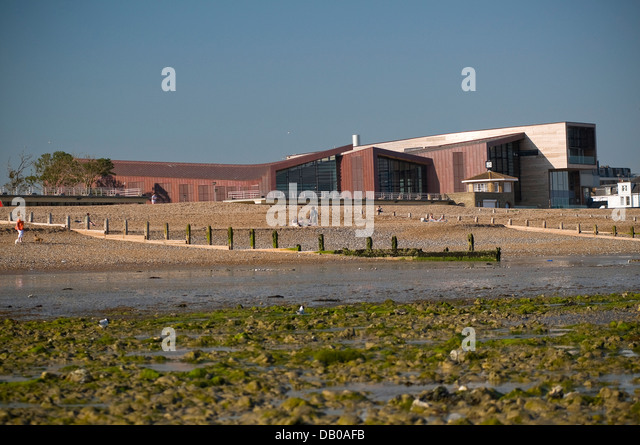 Leisure centre pool gym stock photos leisure centre pool - Watford swimming pool with slides ...